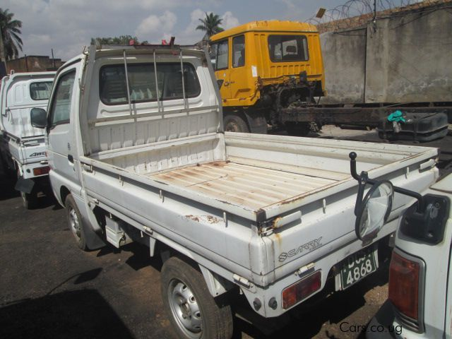 Suzuki Carry in Uganda