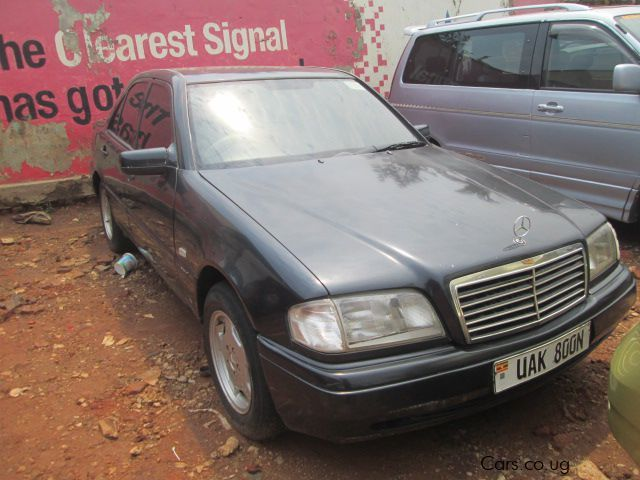 Used mercedes benz c200 1998 c200 for sale kampala for Mercedes benz greenway used cars