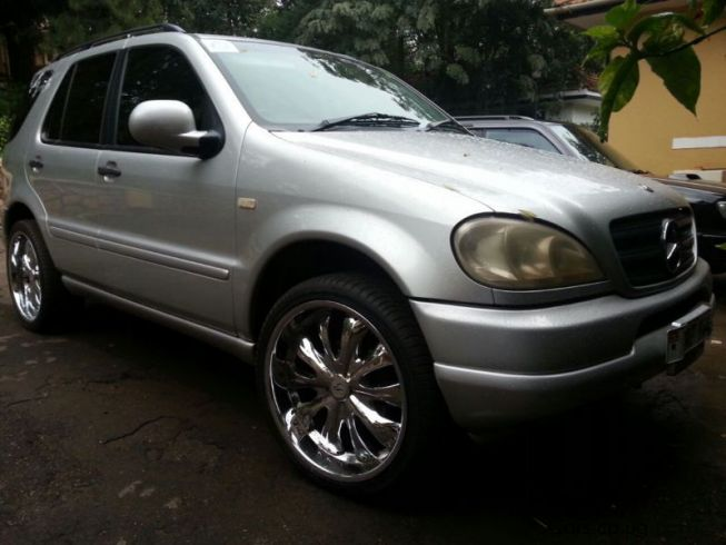 used mercedes benz ml320 1999 ml320 for sale kampala