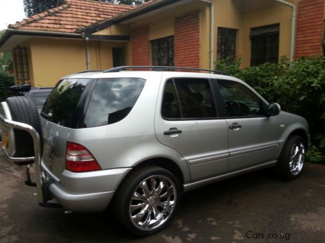 Used mercedes benz ml320 1999 ml320 for sale kampala for Mercedes benz 1999 ml320
