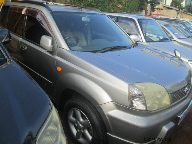 used nissan x trail 2000 x trail for sale kampala nissan x trail sales nissan x trail. Black Bedroom Furniture Sets. Home Design Ideas