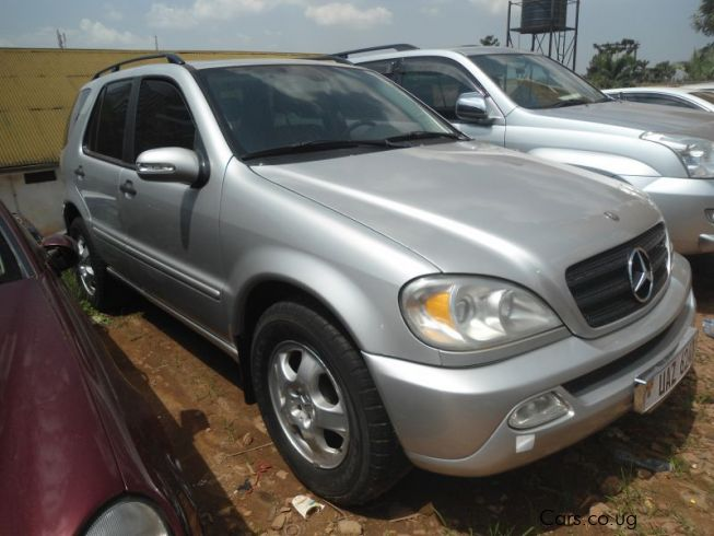Used mercedes benz ml 350 2002 ml 350 for sale kampala for Mercedes benz m350 price
