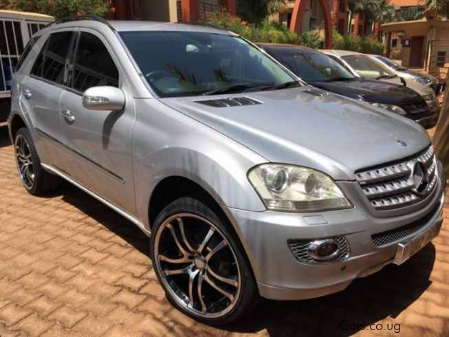 Used mercedes benz ml350 2006 ml350 for sale kampala for Used cars for sale mercedes benz