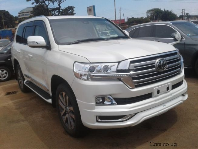 used toyota land cruiser 2016 land cruiser for sale kampala toyota land cruiser sales. Black Bedroom Furniture Sets. Home Design Ideas