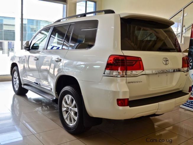 Prado Auto Sales >> Used Toyota Land cruiser V8 | 2016 Land cruiser V8 for ...