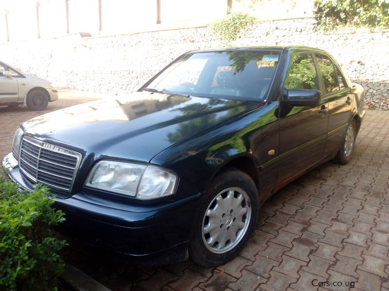 Used mercedes benz c200 2000 c200 for sale kampala for Private sale mercedes benz