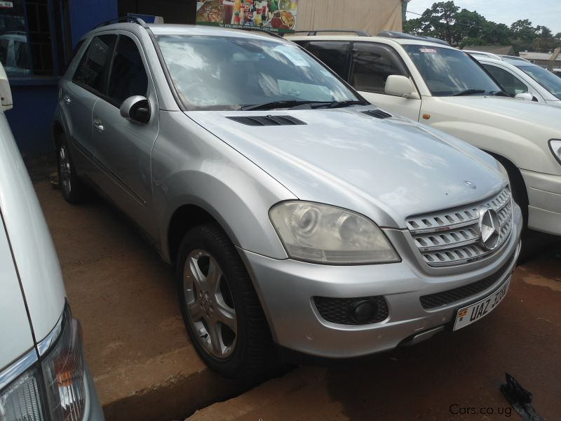 Used mercedes benz ml350 2005 ml350 for sale kampala for Used mercedes benz ml for sale