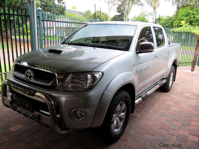 Used Toyota Hilux D/C Auto Legend 40 | 2011 Hilux D/C Auto Legend 40 ...