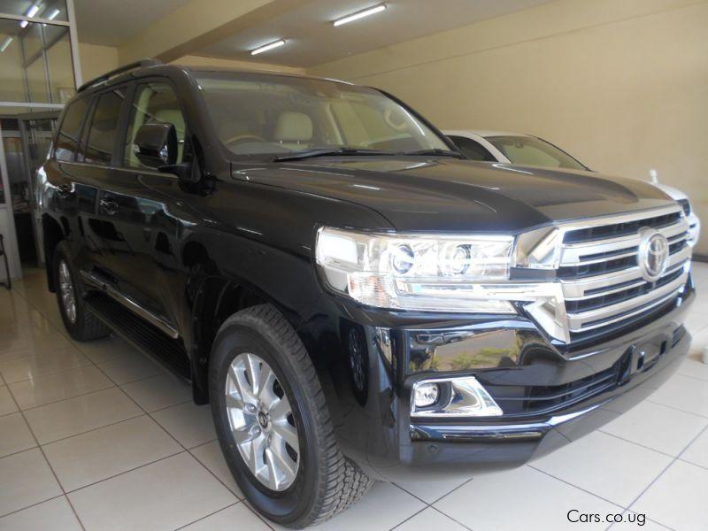Brand New Toyota Land Cruiser V8 Sahara Uganda Automatic New