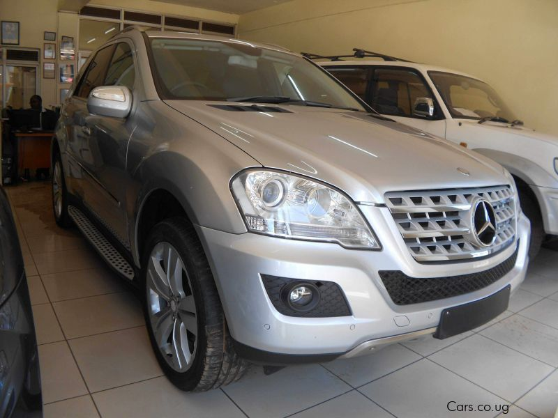 Pre-owned Mercedes-Benz ML 320 for sale in