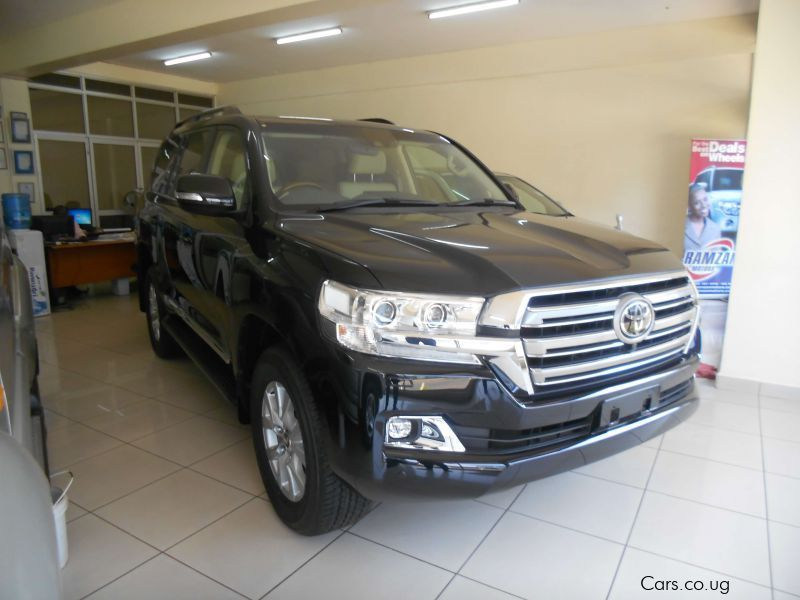 Pre-owned Toyota LAND CRUISER SAHARA for sale in