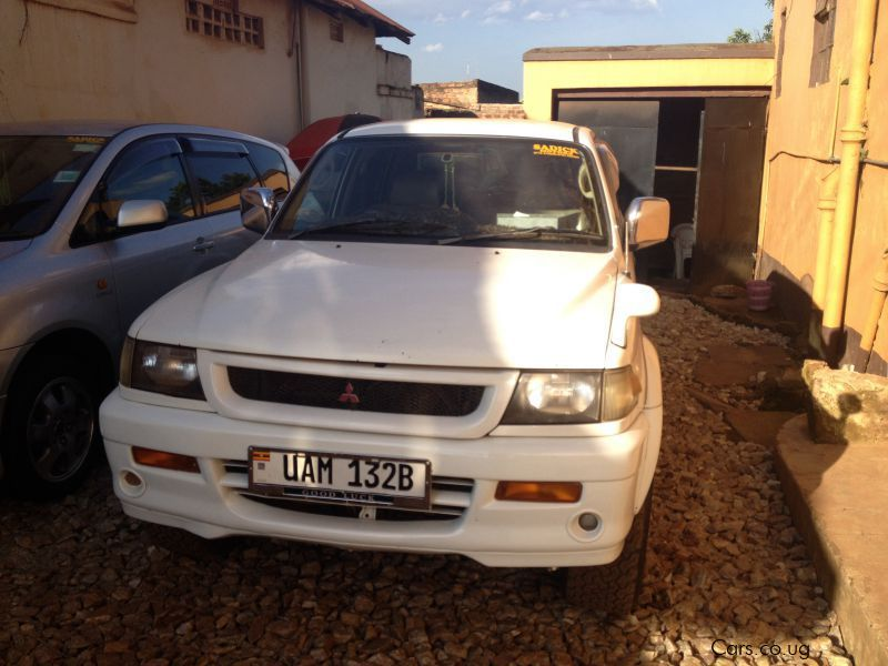 Pre-owned Mitsubishi Challenger for sale in Kampala