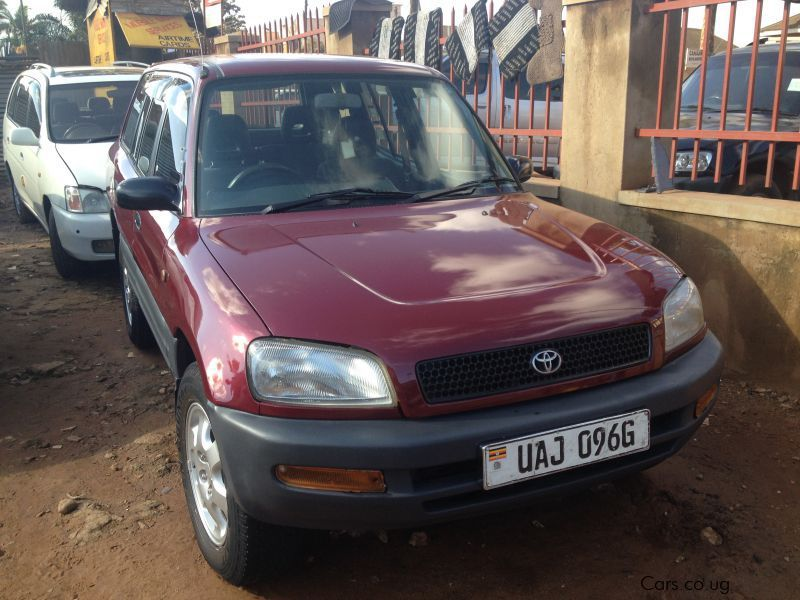 Pre-owned Toyota RAV-4 (J) for sale in Kampala