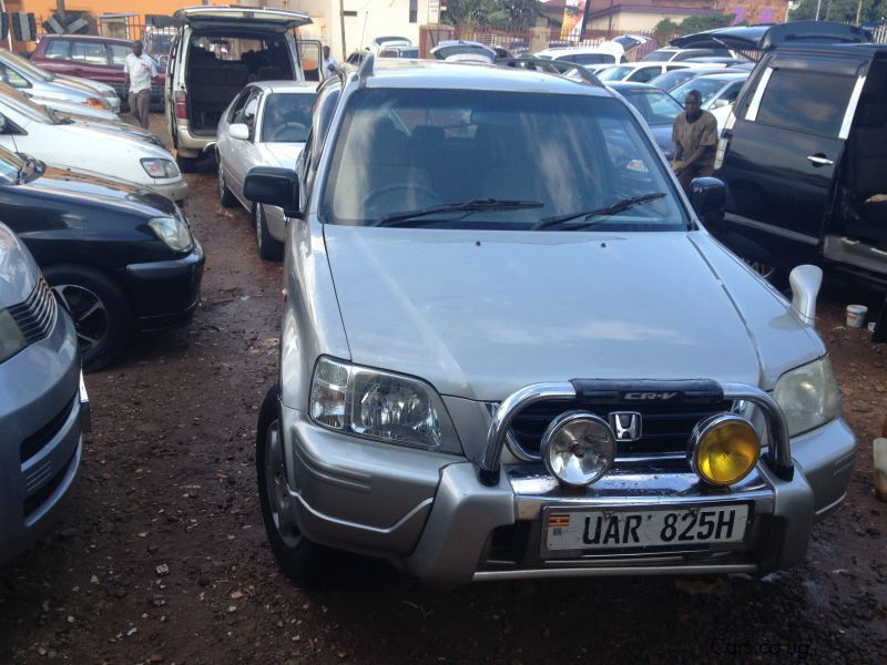 Pre-owned Honda CR-V for sale in Kampala