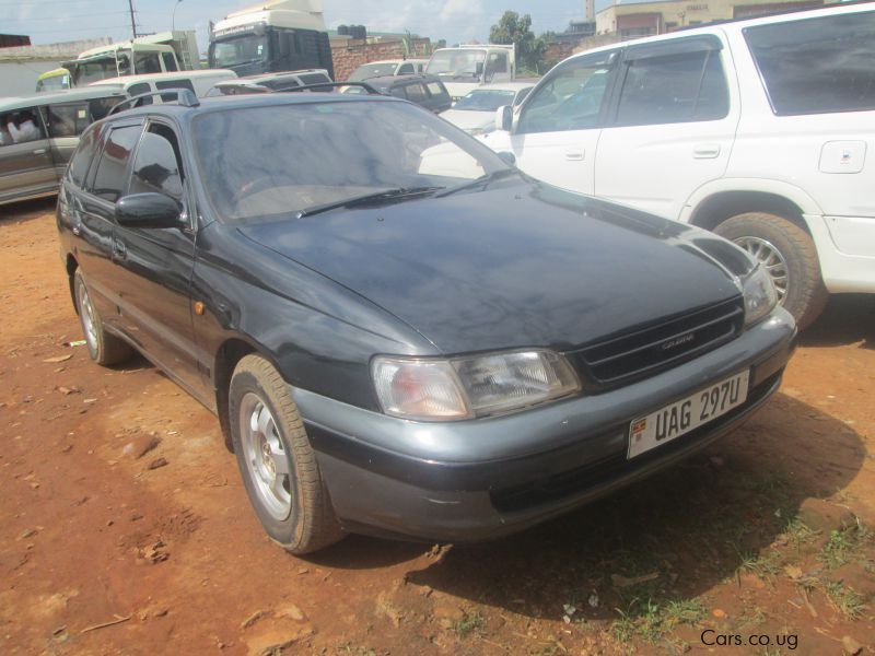 Pre-owned Toyota Caldina for sale in Kampala