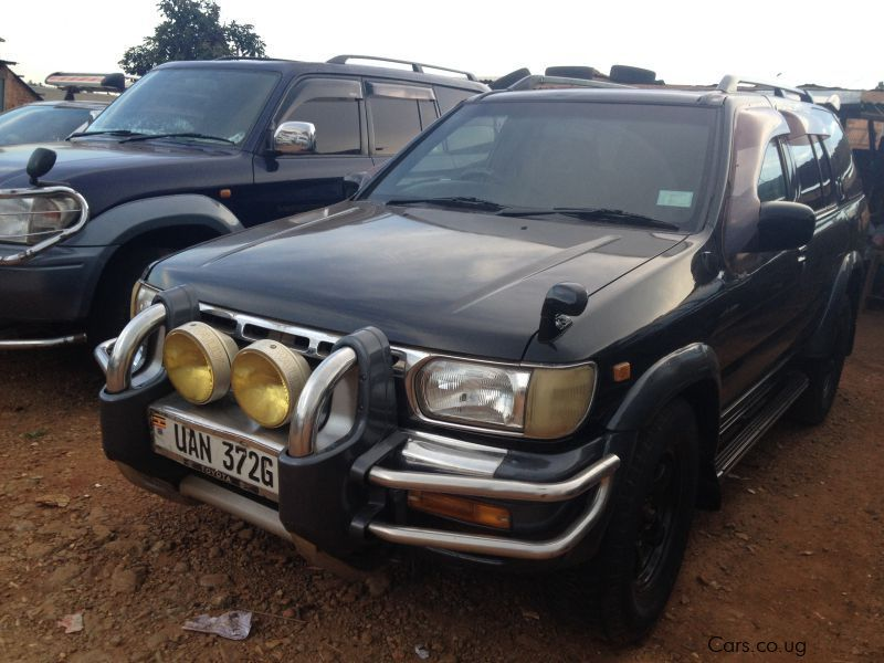 Pre-owned Nissan Terrano for sale in Kampala