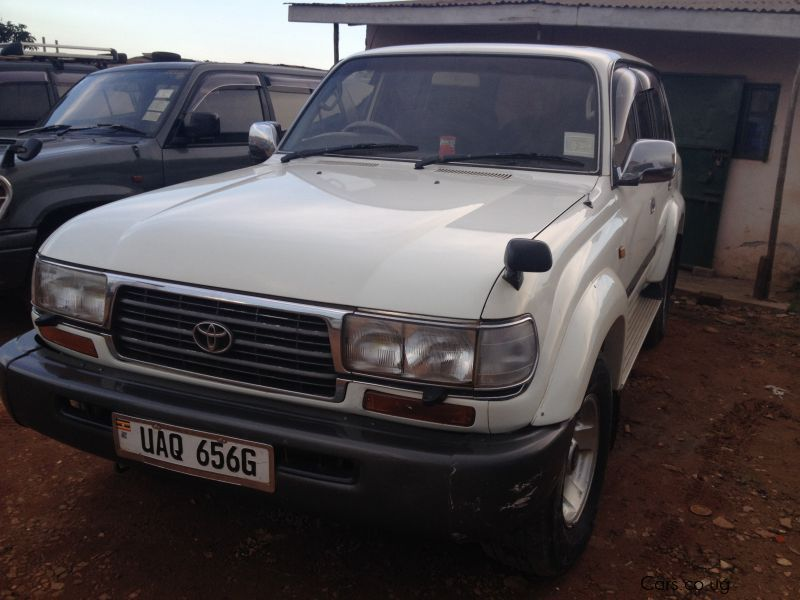 Pre-owned Toyota Land Cruiser VX for sale in Kampala
