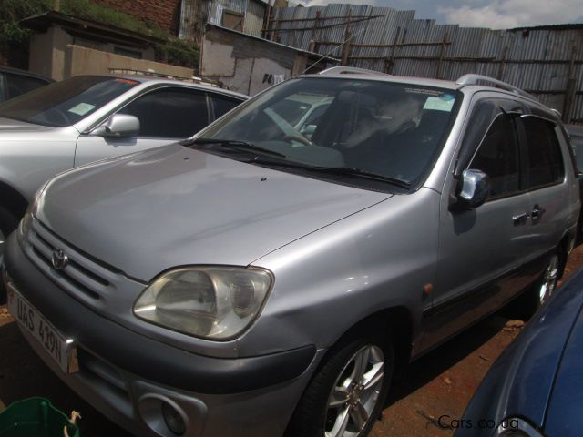 Pre-owned Toyota Raum for sale in Kampala