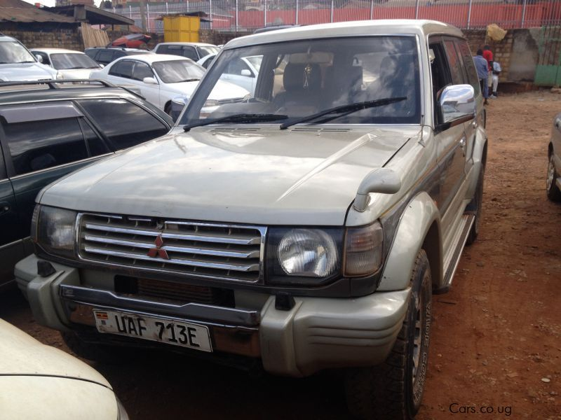 Pre-owned Mitsubishi Pajero for sale in Kampala