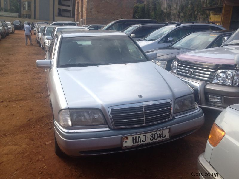 Pre-owned Mercedes-Benz C200 for sale in Kampala