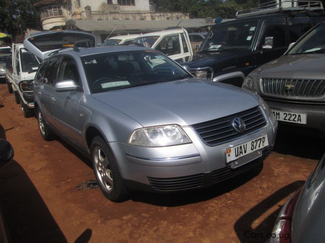 Pre-owned Volkswagen Passat for sale in Kampala