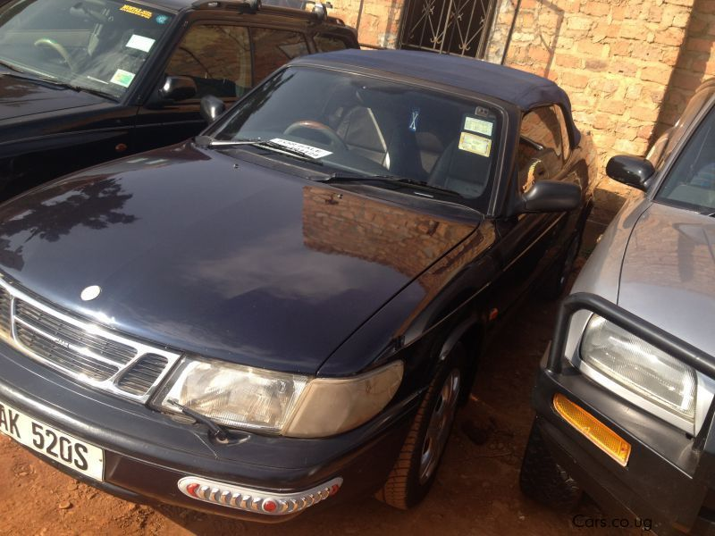 Pre-owned Vauxhall Astra for sale in Kampala