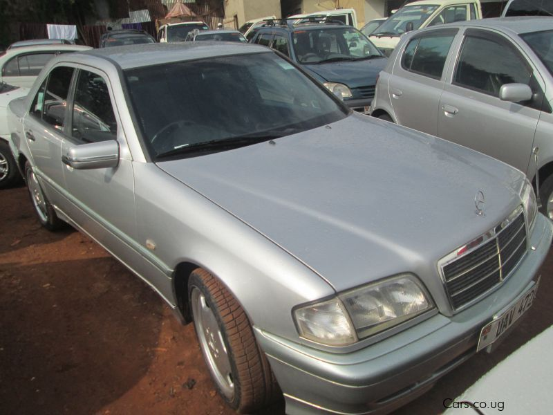 Pre-owned Mercedes-Benz C230 for sale in Kampala