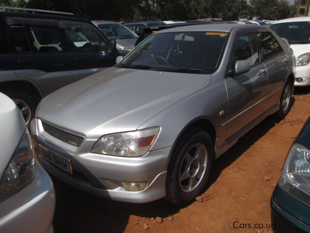 Pre-owned Toyota Altezza for sale in