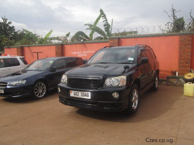 Pre-owned Toyota Kluger for sale in Kampala