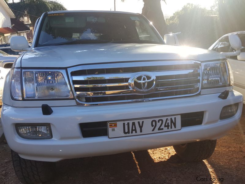 Pre-owned Toyota land Cruiser for sale in