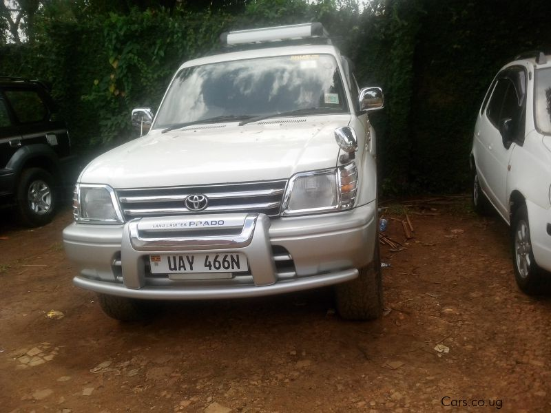 Pre-owned Toyota Land Crusier for sale in Kampala