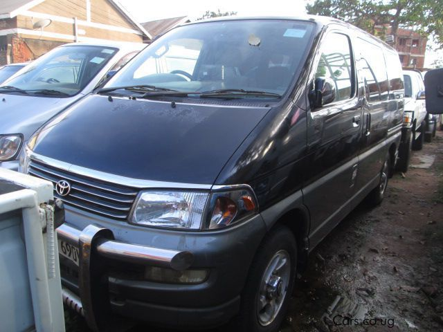 Pre-owned Toyota Regius for sale in Kampala