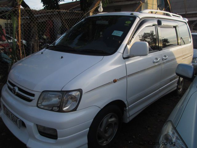 Pre-owned Toyota Noah-RoadTourer for sale in Kampala