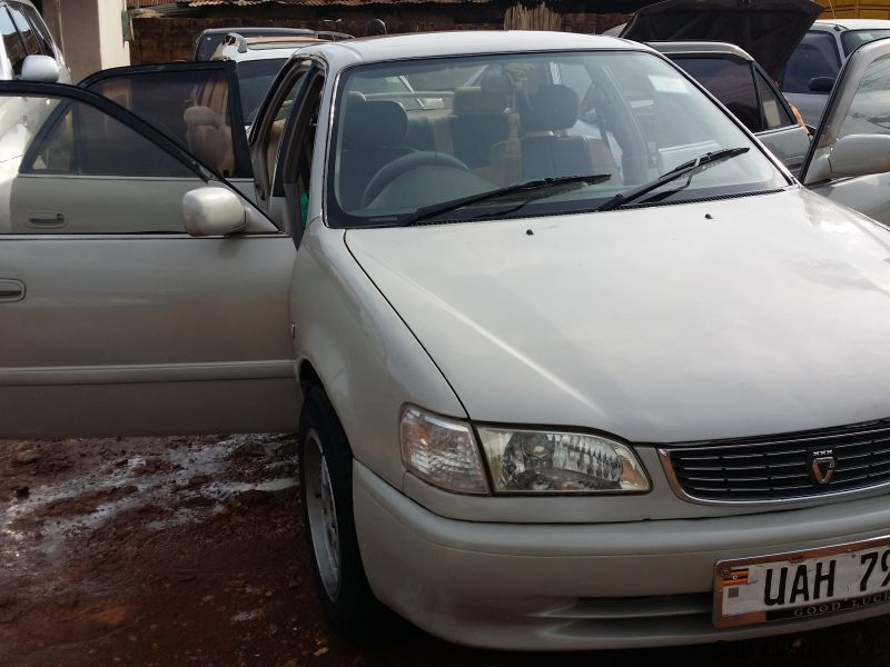 Pre-owned Toyota 1996 for sale in Kampala