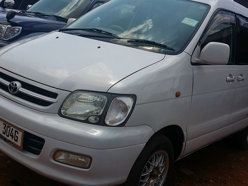 Pre-owned Toyota 2002 for sale in Kampala