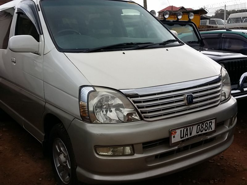 Pre-owned Toyota Regius for sale in