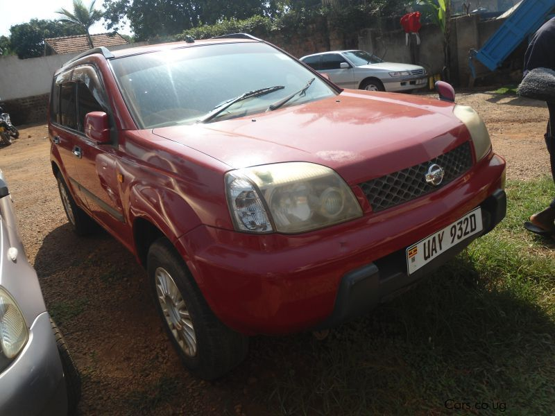 Pre-owned Nissan XTRAIL for sale in Kampala