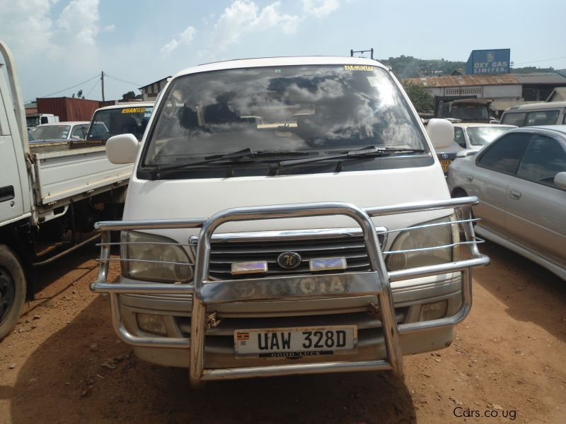 Pre-owned Toyota hiace for sale in Kampala