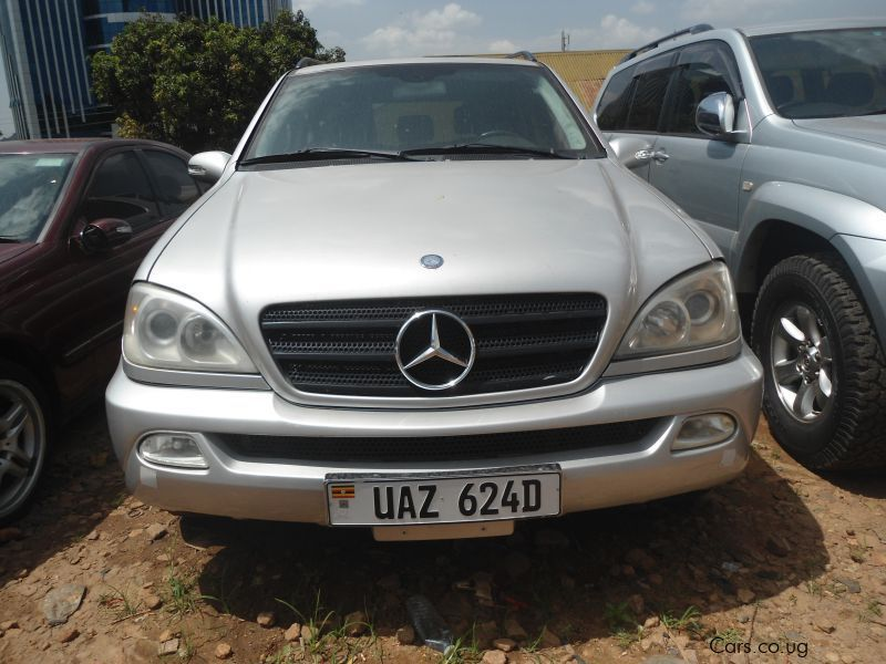 Pre-owned Mercedes-Benz ML 350 for sale in Kampala