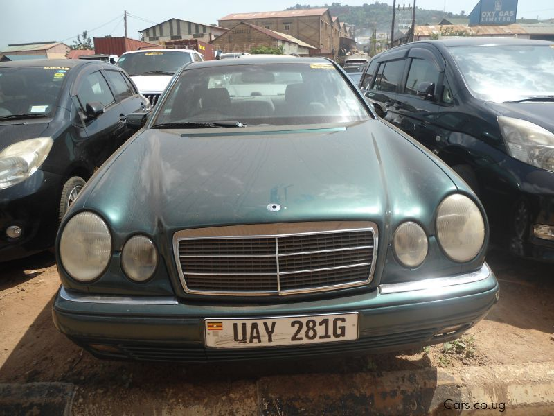 Pre-owned Mercedes-Benz E200 for sale in Kampala