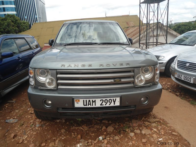 Pre-owned Land Rover Evogue for sale in Kampala