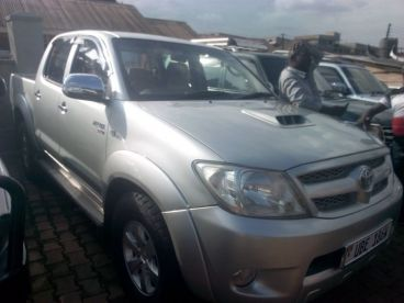 Pre-owned Toyota hilux vigo for sale in