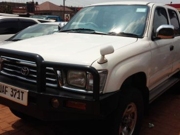 Pre-owned Toyota Double Cabin Pickup  for sale in