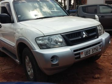 Pre-owned Mitsubishi Pajero Short Chasis for sale in
