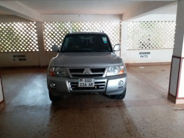 Pre-owned Mitsubishi ELEGANCE LWB DI-D for sale in