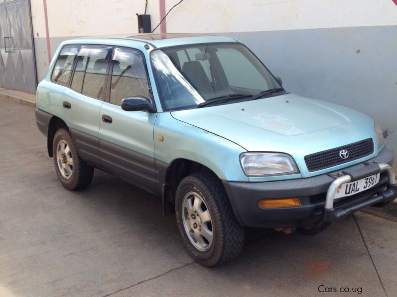 Used Toyota Rav 4 for sale in Kampala