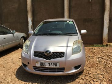 Pre-owned Toyota Vitz DBA-SCP90 for sale in