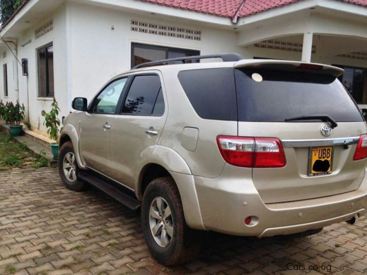 Pre-owned Toyota Fortuner 1kz  2.8L for sale in