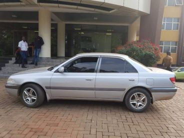 Pre-owned Toyota Carina E-AT212 for sale in