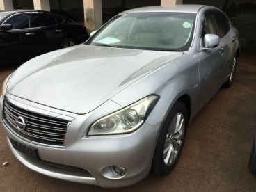 Pre-owned Nissan Fuga DBA-Y51 for sale in